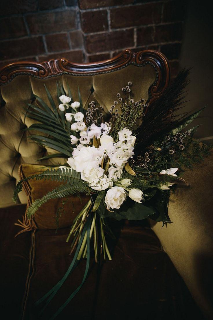 Букет в стиле арт деко недорого, орхидею купить