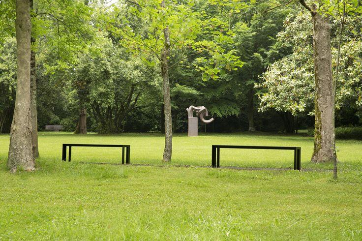 Chillida Leku with a couple of STUA Deneb benches to enjoy the sculptural views. DENEB: www.stua.com/eng/coleccion/deneb.html