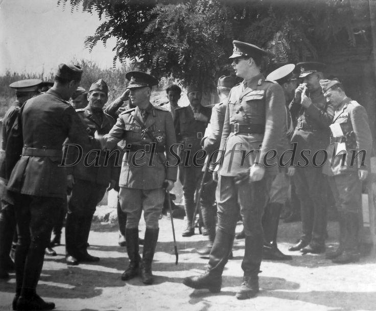 https://flic.kr/p/J5uWRY | 34. Mareşalul Ion Antonescu şi Regele Mihai în Transnistria