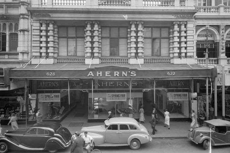 Aherns building, 1953. State Library of Western Australia 237259PD