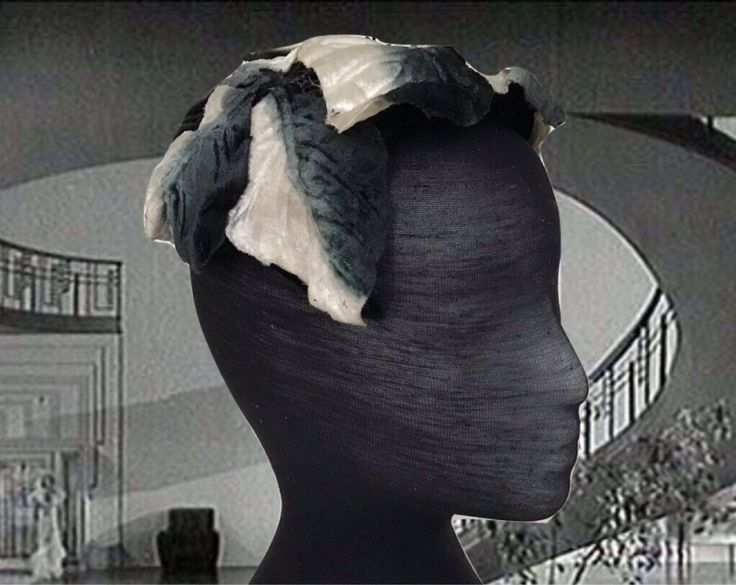 Excited to share the latest addition to my #etsy shop: Vintage 1950s Fascinator Ladies Hat Velvet Petals Dark Blue and White Spring Summer Hat Flower Petal Hat Easter Hat 50s Costume http://etsy.me/2EEnGY7 #bathandbeauty #blue #halloween #white #1960s #1960shat #ladies