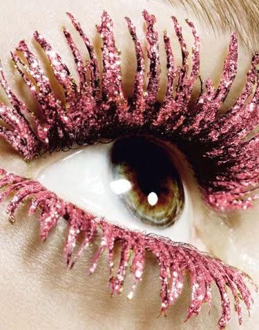 Pink glitter lashes-over the top? yes. Fun to share with your fans and tips to create? yes, please!