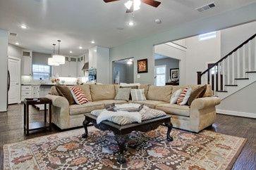 Tan Couch Design-Ideen, Bilder, Remodel und Dekor – Seite 2   – Loft apartment