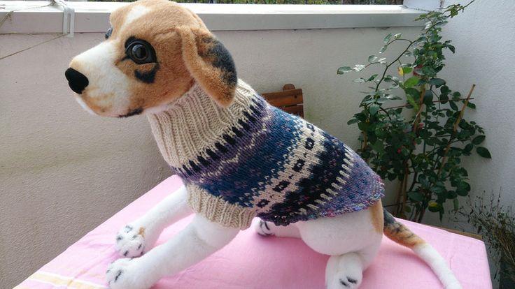 Gestrickter Hundepullover - Weihnachtsgeschenk von Sockenlust auf DaWanda.com
