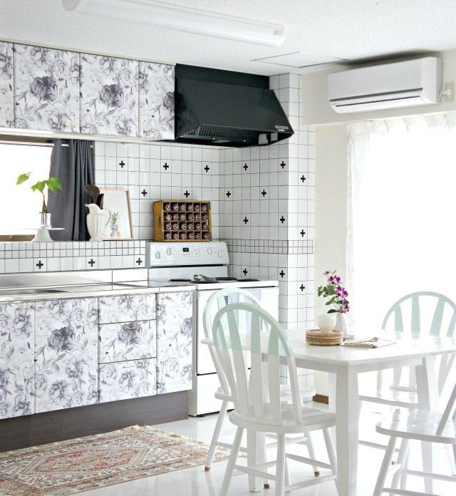 Our Clara removable wallpaper takes center stage in this One Room Challenge kitchen makeover by @uptodateinteriors. Kathy gave her kitchen a quick facelift by applying removable wallpaper to the kitchen cabinets. Easy DIY!