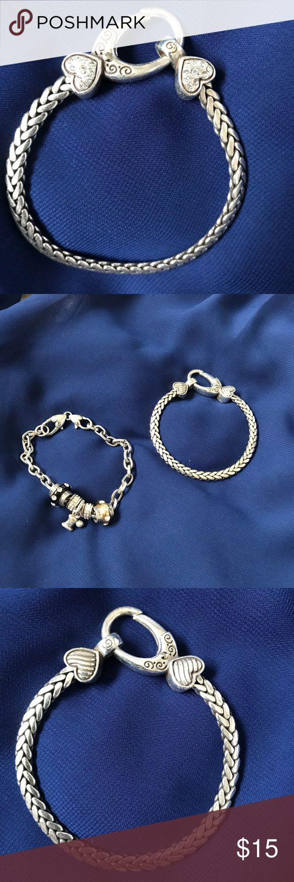 Women's Brighton Bracelet Women's Brighton Bracelet. In great condition only worn once. Will accept all reasonable offers! Please no low balls. 😊 All orders shipped in 24 hrs. Or less. Brighton Jewelry Bracelets