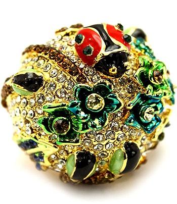 Ladybird's Garden Ring - Gold