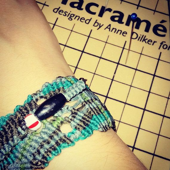 Check out this item in my Etsy shop https://www.etsy.com/listing/501017805/makrame-bracelet-inspiration-by-the