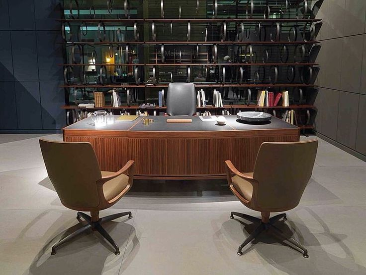 Ceccotti collezioni, made in Italy: Flying circles bookcase by M. Castagna. Paperweight desk by R. Lazzeroni. Vossia office Chair by G. Casarosa. #ceccotti #ceccotticollezioni #picoftheday #madeinitaly #design #architecture #interiordesign #richnesst #bookcase #desk #armchair #chair #officechair #massimocastagna #robertolazzeroni #giuseppecasarosa #raulberberdelarenal #duomorichnesst #followme #instagram #furniture #italianfurniture #raulberber #raulbearbear