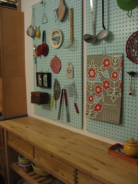 Hang Pots Cabinet Door