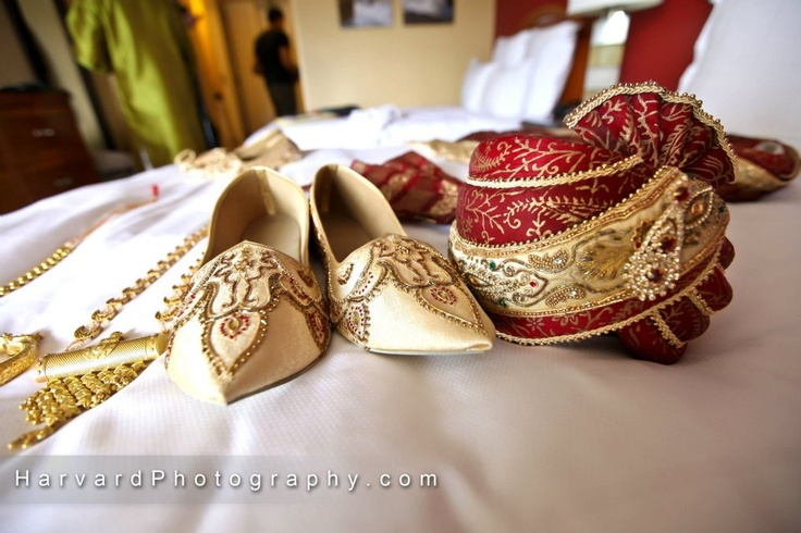 Groom's shoes and turban - mojari and pagh