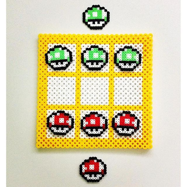 Tic Tac Toe hama beads by enfrikarte