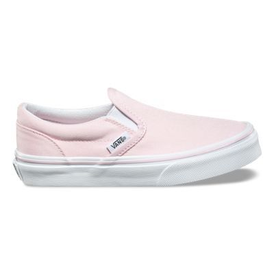 The Canvas Classic Slip-on has a low profile, slip-on canvas upper with elastic side accents, Vans flag label and Vans original Waffle Outsole.