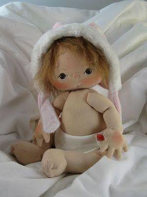 Olá! Espero que você esteja gostando da visita. Hoje eu trouxe um modelo de boneco bebê bem interessante e simples. Infelizmente não tenho a...