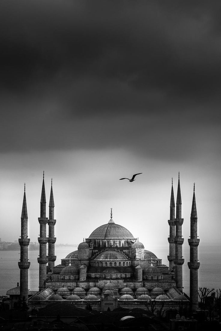 Blue Mosque, Istambul, Turkey, by Coolbiere. A.