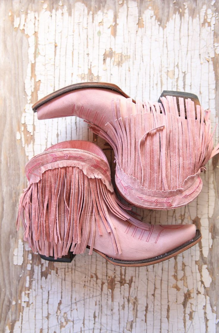 the spitfire fringe boot-cowgirl pink