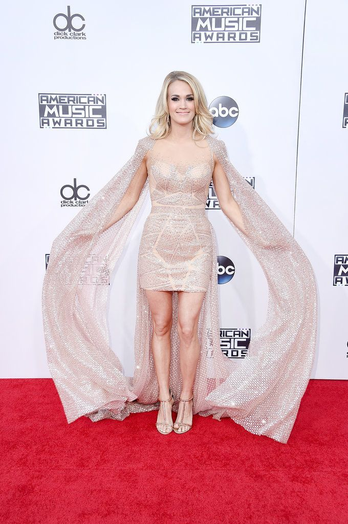 Carrie Underwood's Dress at the American Music Awards 2015 | POPSUGAR Fashion