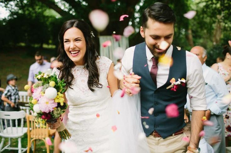 I can't decide between having guests throw rose petals or blow bubbles - a ahh!
