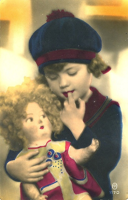 MY DOLLY & ME~little girl with doll