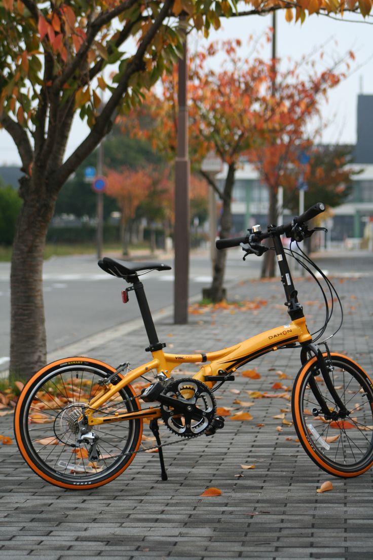Copyright © スポーツサイクルナチュラル 様 / 2014年モデル Visc.p20 マンゴーオレンジ / 街中での走行中や信号待ちで、何気なく注目を浴びます。フレーム剛性はとてもしっかりしていて、デザイン・走り共におすすめの1台です! https://www.facebook.com/sports.cycle.natural