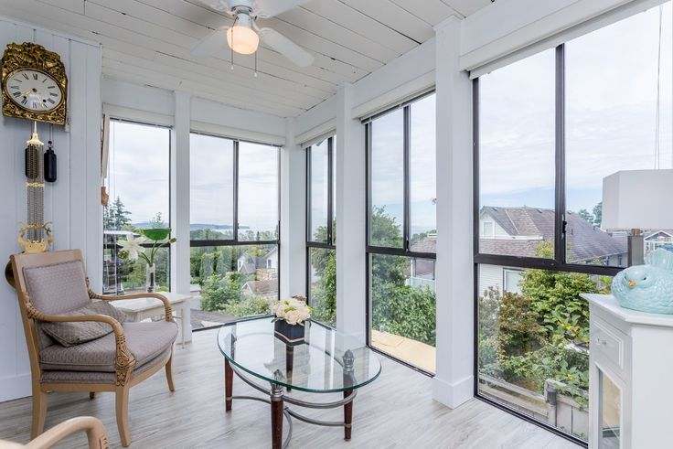 Main Photo: 959 STAYTE Road: White Rock House for sale (South Surrey White Rock)  : MLS(r) # R2082821
