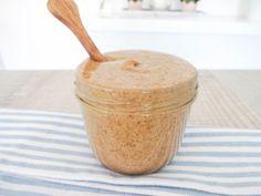 Die Weltbeste Mandelbutter - vegan, glutenfrei, ohne raffinierten Zucker