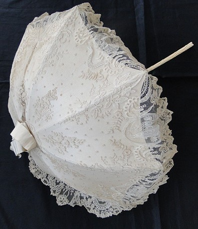 Circa 1860, Rare Brussels Lace Parasol w/ Chinoiserie Pavillions / http://www.marianiforos.com/lace279detail.html