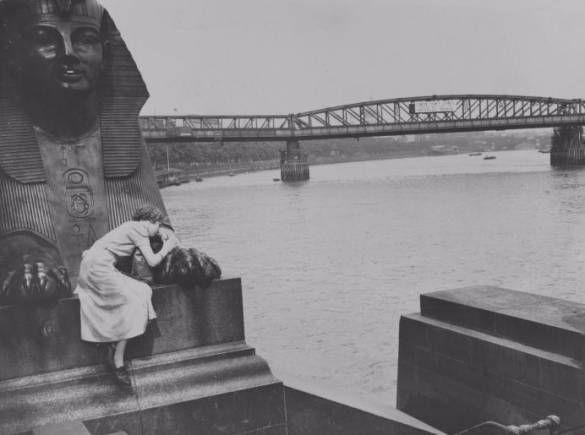 Waterloo Bridge (1937)