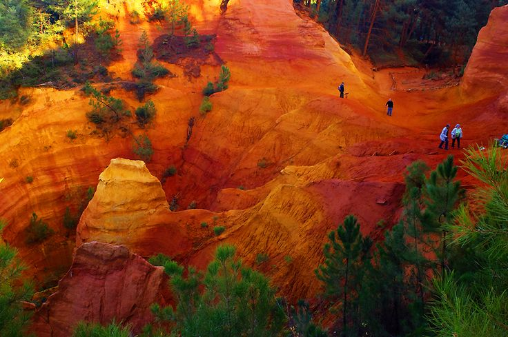 One of the most naturally beautiful places I've ever been. Provençal colours in Roussillon, France.
