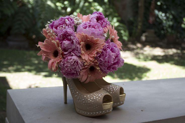 Mis Zapatos y Ramo de Novia