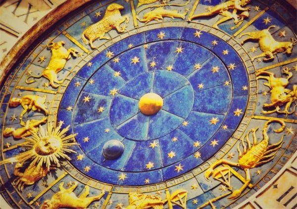 Napi horoszkóp - 2017. április 14. péntek - https://www.hirmagazin.eu/napi-horoszkop-2017-aprilis-14-pentek