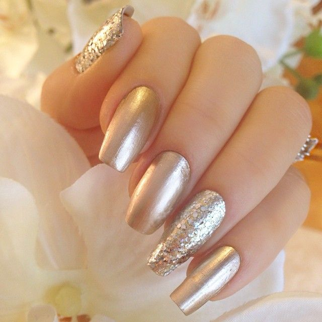 Gold glitter nails More - Best 25+ Gold Glitter Nails Ideas On Pinterest Gold Acrylic