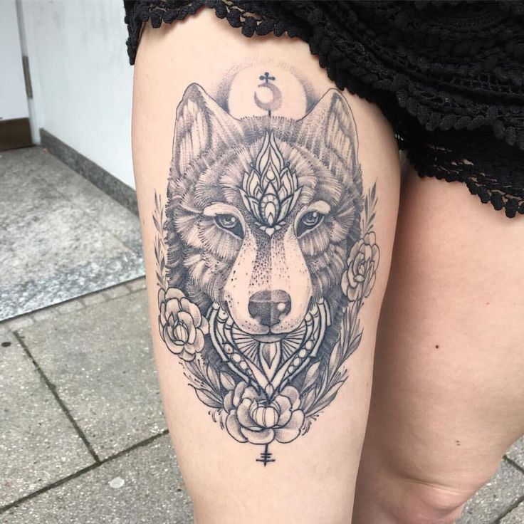 Womens Wolf Tattoo Thigh Tattoos Women Wolf Womens Thigh: Пин от пользователя Katerinazhk на доске Tattoos ⬛️
