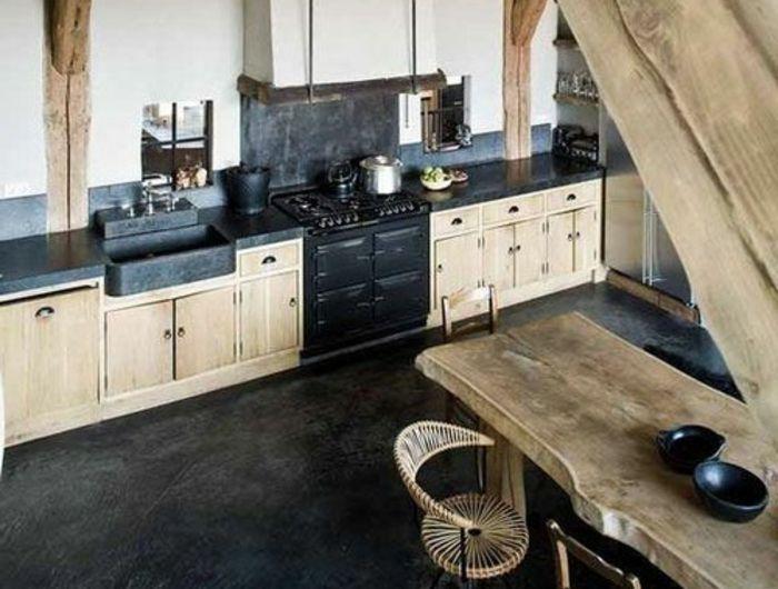Une Jolie Cuisine En Bois Chene Et Sol Noir Pour La Cuisine Moderne Table De Cuisine En Bois Massif Cuisine Bois Cuisine Bois Massif Cuisine Rustique