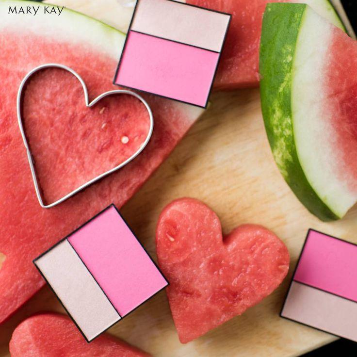 Unser Mary Kay® Mineral Cheek Colour Duo in Ripe Watermelon bietet perfekt aufeinander abgestimmten Farben für vielseitige Variationsmöglichkeiten und Effekte in einer Palette. Perfekt für #unterwegs! #Festival #Melone