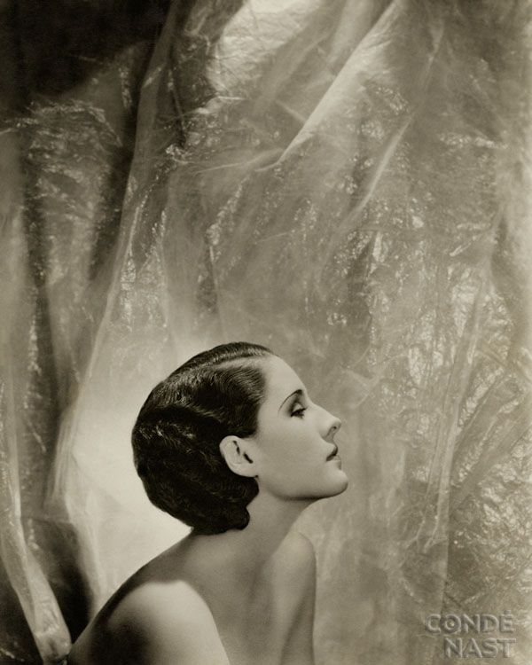 Norma Shearer by Cecil Beaton, Vanity Fair, September 1930