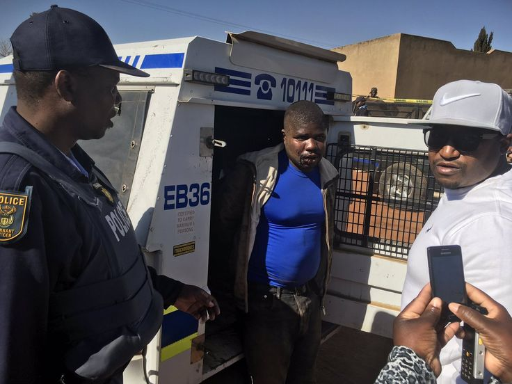 The Minister of Police, Mr. Fikile Mbalula this morning joined the South African Police Service and the community of Katlehong at the arrest of suspects who have been terrorizing the community.