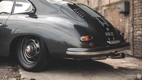 Porsche 356A T2.......