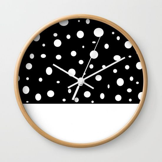 Orbit dip Wall Clock