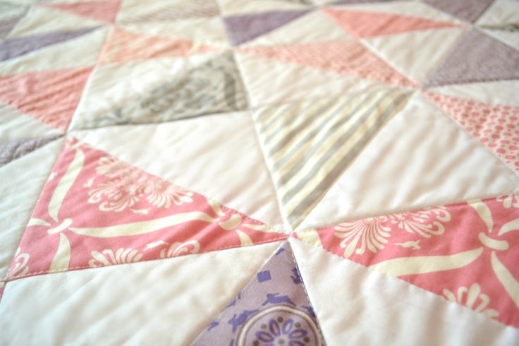 Hourglass Quilt With Scrappy Binding - Simple Simon and Company