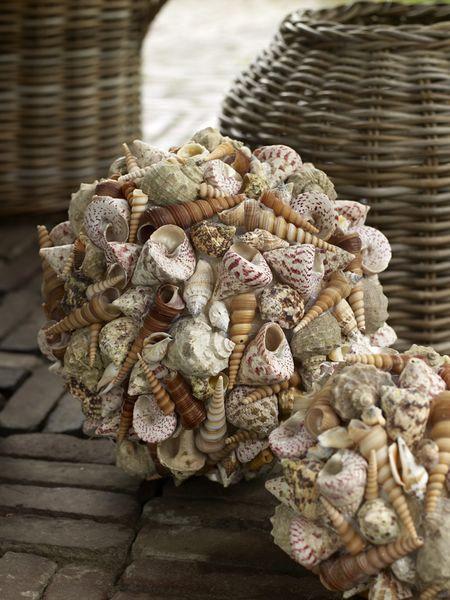 bloemschikken met schelpen