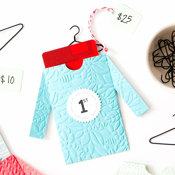 Make these cute DIY sweater gift card envelopes for fun Ugly Sweater Party prizes!