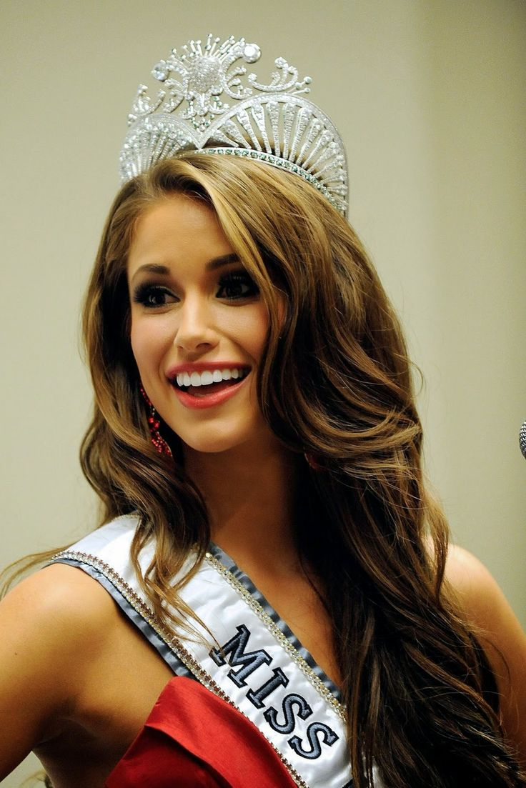 Nia Sanchez, Miss Nevada, Crowned Miss USA 2014