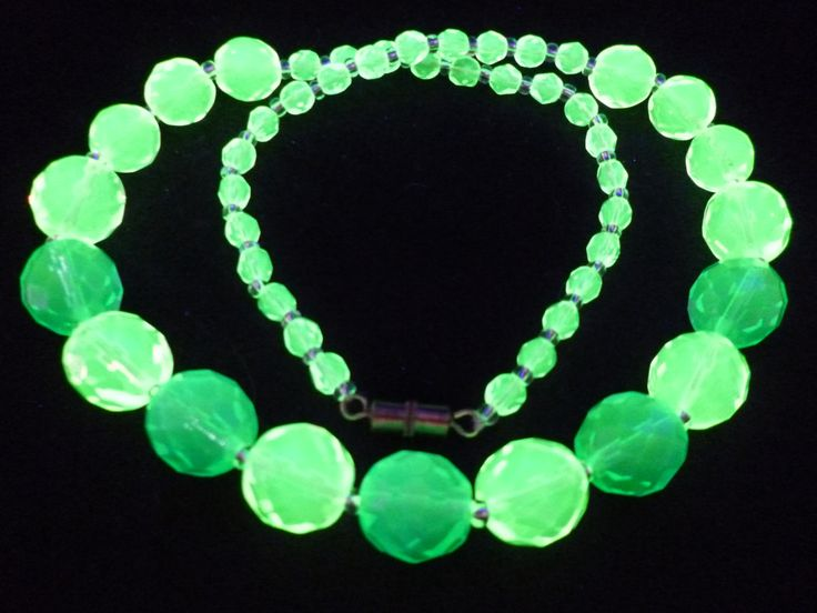 """17"""" 430mm Czech Glass Beads Necklace Uranium Yellow Green Vintage UV Glowing by MuchMoreThanButtons on Etsy"""