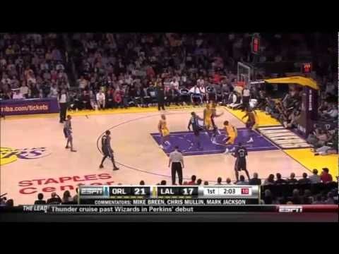 Andrew Bynum Dominates D Howard    http://www.madonnamia.com