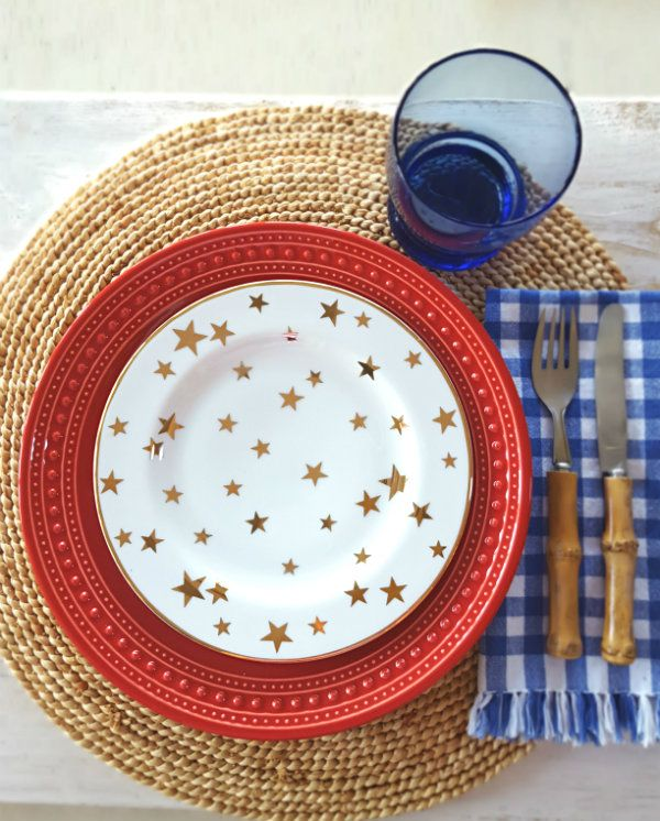HAPPY JULY 4TH! Bringing friends and family together is fun, especially when you can be surrounded by a gorgeous table. Here are some of my favorite tablescapes that I've created over the years.