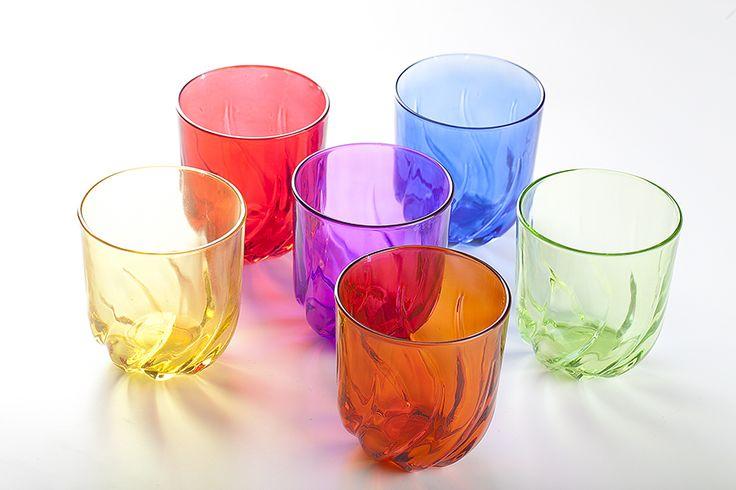 Bicchieri in vetro tossici, usati quotidianamente creano gravi danni alla salute, contengono cadmio e piombo, valori oltre mille volte in più la media.
