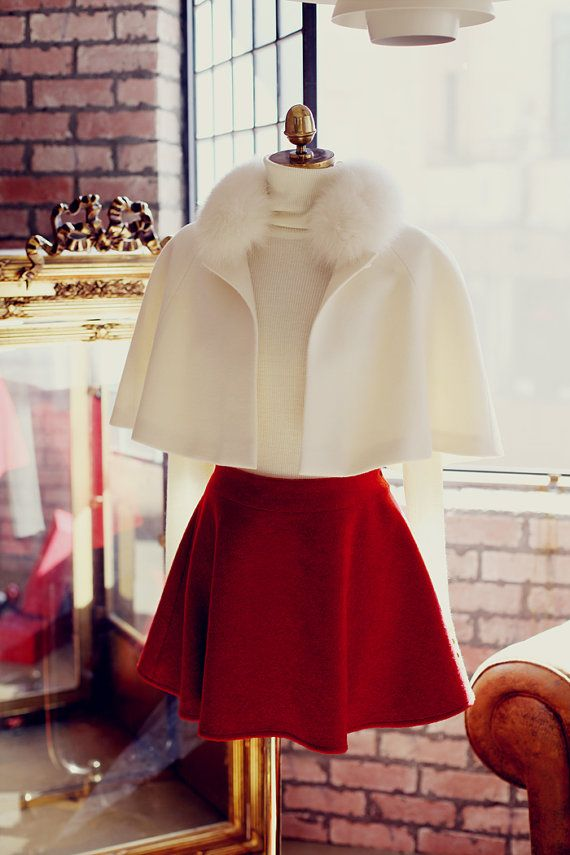 Elegant French wool and cashmere cape coat with white fox fur trim by TheLittleFrenchGirl
