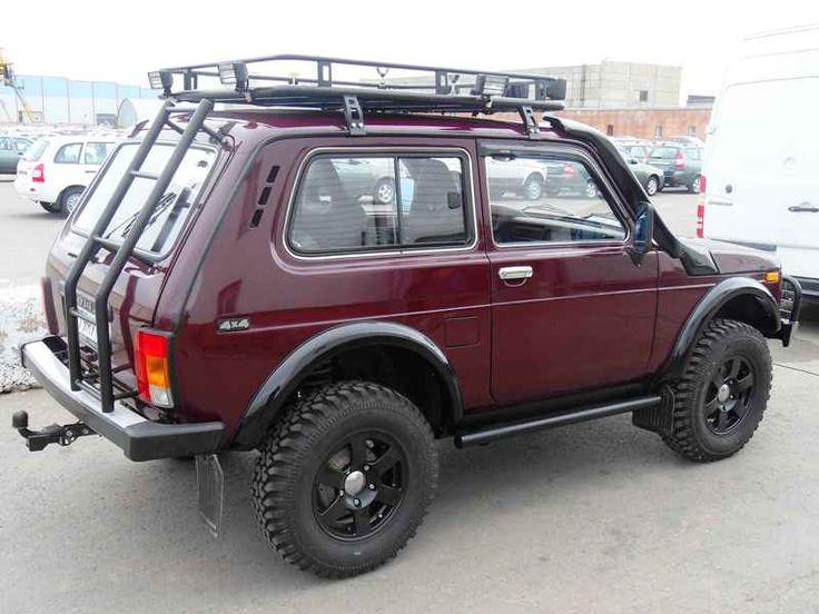 Lada Niva: 4x4 - I want one!!!