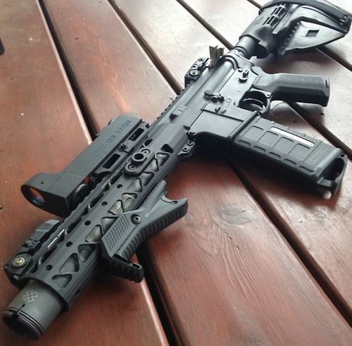 """AR-15 """"pistol"""" with SB-15 brace from Sig. ATF says it doesn't matter if you use the brace as a short stock or not. I wonder how long that will last."""